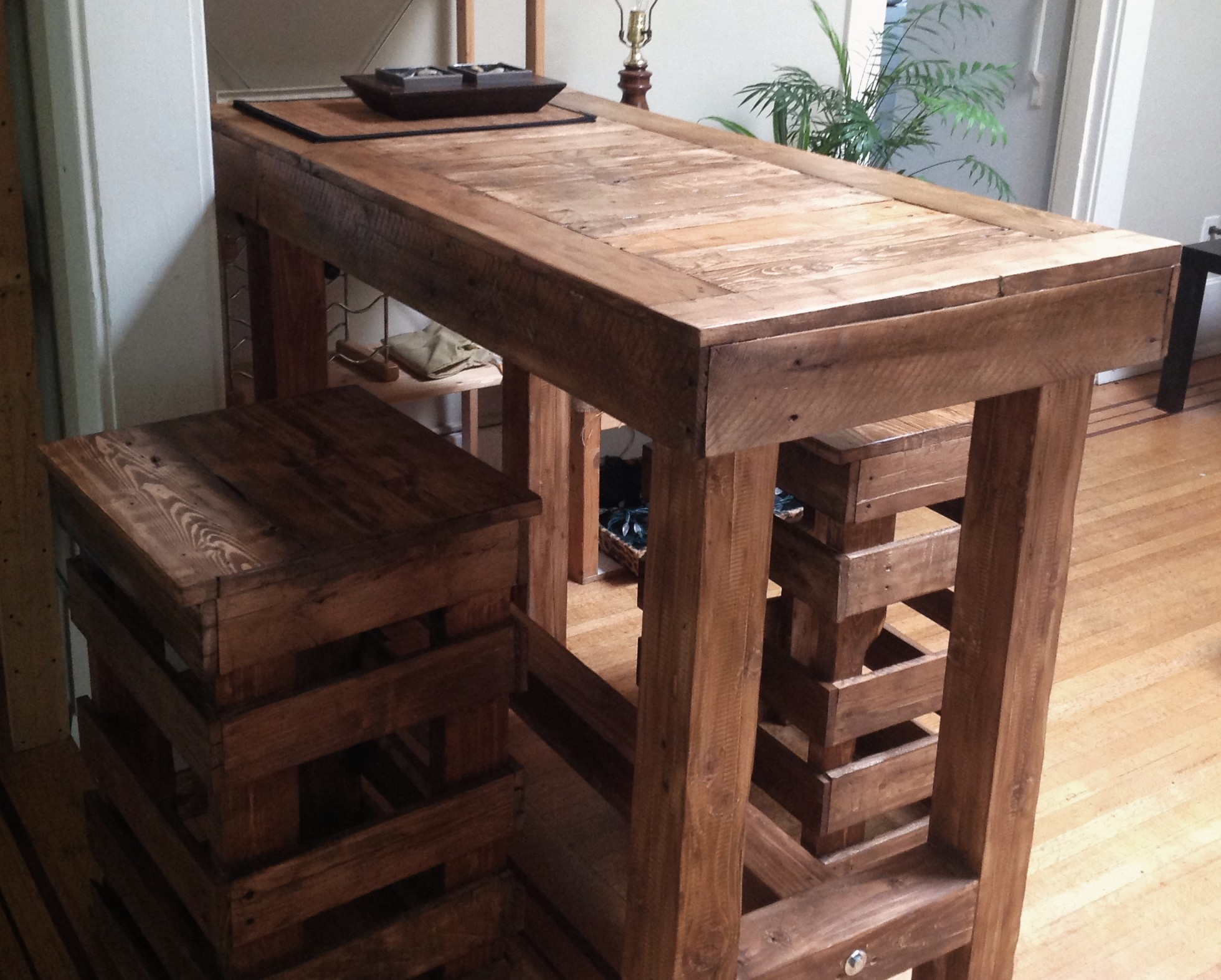 How To Build A Bar Table Out Of Wood Plans DIY Free Download Portable ...